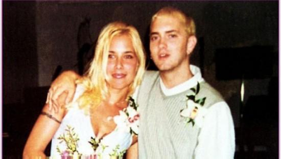Жена Эминема фото!  Мужья и жены звезд